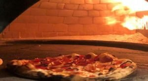 Treat The Family To A Scrumptious Pizza Pie Or Hoagie At Ianni's Pizzeria Near Pittsburgh
