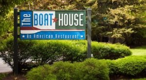 The Laidback Hideaway In Pennsylvania, The Boat House Restaurant, Serves Up Superb Seafood