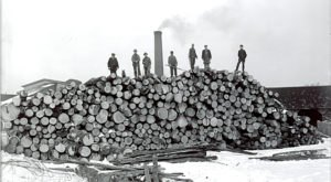 These Incredible Photos Will Transport You To The New Hampshire Logging World Of Yesteryear