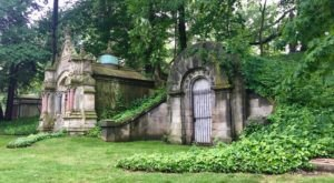 Take A Hike Through Historic Lake View Cemetery In Cleveland For Lively Entertainment