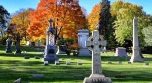 A 156-Year-Old Cemetery In Connecticut, Cedar Hill Is A Gorgeous Place For An Afternoon Stroll
