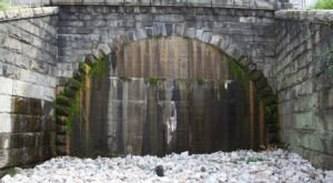 The Haunted Church Hill Tunnel In Virginia Has A Bone-Chilling History