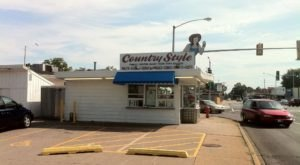 5 Drive-Thru Ice Cream Shops In Illinois That Will Satisfy Your Sweet Tooth All Summer Long