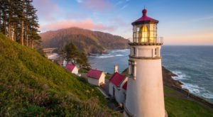 The Most-Photographed Lighthouse In The Country Is Right Here On The Oregon Coast