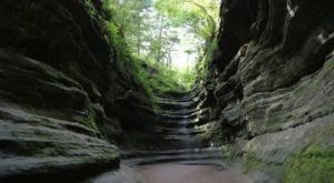 8 Staggeringly Beautiful Places In Illinois That Will Always Be Waiting For You