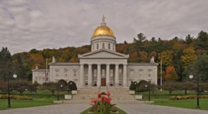 A New Vermont Law Will Pay People Up To 10,000 Dollars To Move To Our Great State