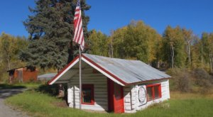 Drive Down This Little-Traveled Back Road To Discover A Historic Schoolhouse In Alaska