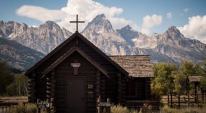 10 Staggeringly Beautiful Places In Wyoming That Will Always Be Waiting For You