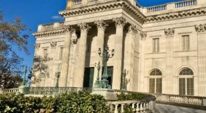Take A Virtual Tour Of Rhode Island's Most Famous Mansions
