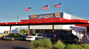 The Burgers And Shakes From This Middle-Of-Nowhere Arizona Drive-In Are Worth The Trip