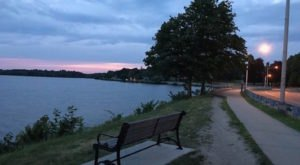 The Tranquility Of Lake Quannapowitt In Massachusetts Is The Ultimate Paradise