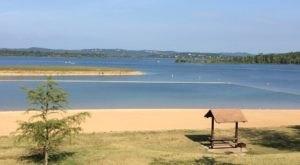 6 Pristine Hidden Beaches Throughout Missouri You've Got To Visit This Summer