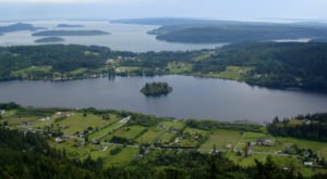 Visit Lake Campbell, One Of Washington's Most Underrated Lakes And A Great Summer Destination