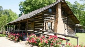 Log Cabin Gift Shop In Mississippi Will Transport You To Another Era