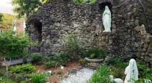 Most People Don't Know There's A Beautiful Grotto At St. Augustine's Seminary In Mississippi