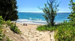 5 Hidden Beaches On Wisconsin's Great Lakes You've Got To Visit This Summer