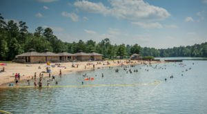 8 Pristine Hidden Beaches Throughout Alabama You've Got To Visit This Summer