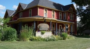 Book A Stay At Turning Waters B&B For A Peaceful Time In One Of Minnesota's Most Charming Towns