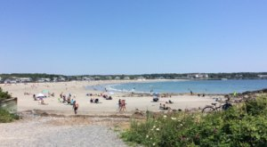 Voted One Of The Best Beaches In The Country, Gooch's Beach In Maine Is A Gorgeous Bucket List Spot