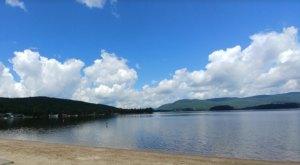 7 Pristine Hidden Beaches Throughout Vermont You've Got To Visit This Summer
