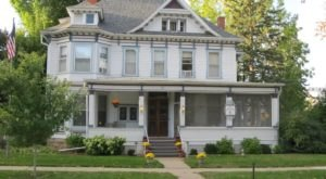 Spend The Night In A 142-Year-Old Victorian House At Candlelight Inn In Red Wing, Minnesota