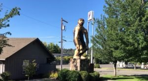 The Grant's Pass Caveman In Oregon Just Might Be The Strangest Roadside Attraction Yet