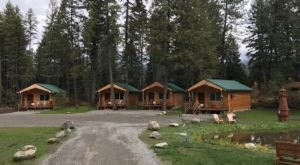 These Quaint Cabins On The Banks Of The Clark Fork River In Montana Will Make Your Summer Splendid