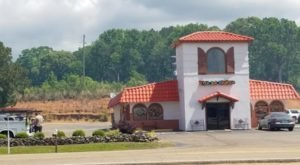 Satisfy Your Mexican Craving With A Visit To Fernando's Fajita Factory In Mississippi