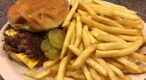 Town Topic Is A Good, Old-Fashioned Burger Joint In Missouri, And You Have To Visit