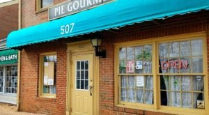 Treat Yourself To Artisan Pies And Baked Goods At Pie Gourmet, A Local Bakery In Vienna, Virginia