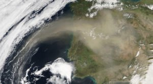 Saharan Dust Is Headed Straight For Texas, And It Can Bring Unpleasant Symptoms