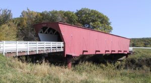 Roll The Windows Down And Take A Drive Down The Covered Bridges Scenic Byway In Iowa