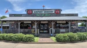 Authentic Delta Cuisine And A Quirky Setting Await At Airport Grocery In Mississippi
