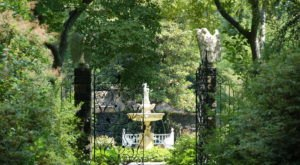 The Gorgeous Marian Coffin Garden In Delaware Is A Beautiful Spot For A Sunny Day Stroll