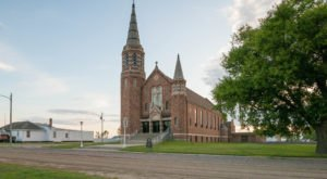 The Tiny Town Of Hague, North Dakota Is Hiding A Massive And Beautiful Church