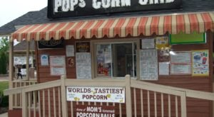 5 Gourmet Illinois Popcorn Shops To Make Your Summer Perfect