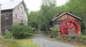 Pack A Picnic To Cook's Old Mill In West Virginia And Spend A Relaxing Afternoon On Indian Creek
