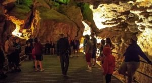 The South Dakota Cave Tour In Jewel Cave National Monument That Belongs On Your Bucket List