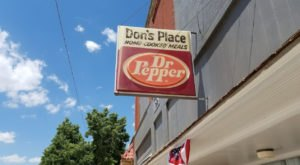 Founded In 1973, Don's Place Is A Decades-Old Kansas Diner Still Serving Up Delicious Homemade Donuts