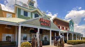 Stuff Your Face With Endless Crab Legs At Crabby Mike's In South Carolina