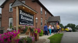 The German Restaurant In Iowa Where You'll Find All Sorts Of Authentic Eats