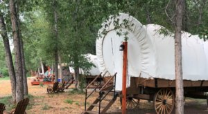 There's An Epic Covered Wagon Campground In Colorado And It's A Unique Overnight Adventure