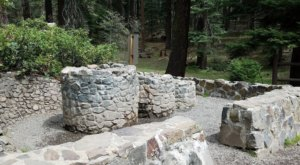 Quench Your Thirst And Enjoy A Shady Picnic At Tub Springs State Wayside In Oregon