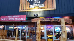 The Texas-Style BBQ At Outlaw BBQ In Washington Is So Delicious, It Feels Illegal