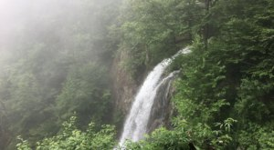 There's A Secret Waterfall In Virginia Known As Lewis Falls, And It's Worth Seeking Out