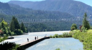 Explore Thunder Island, View The Bridge Of The Gods, And Camp Overnight At Cascade Locks Marine Park In Oregon
