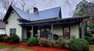 You'll Want To Take A Detour To Visit 1892, A Restaurant Located In A Rustic Country House In Tennessee