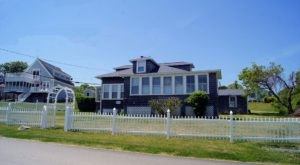 Enjoy Panoramic Views Of Narragansett Bay At This Rhode Island Beach Cottage