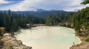 Hike To The Largest Geothermal Lake In Northern California On The Boiling Springs Lake Trail