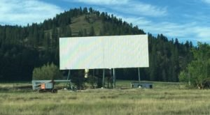 Auto-Vue Drive-In Theatre Offers Safe Summer Fun In Washington